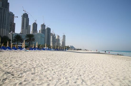 Пляж в Дубаи - ОАЭ - фото