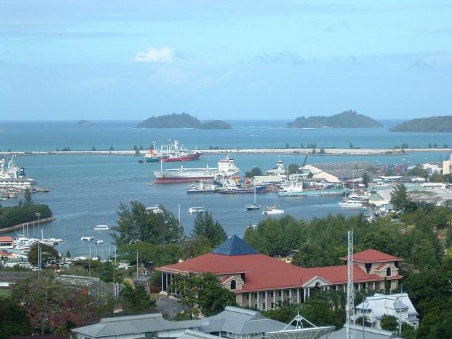 Порт - Сейшелы - город Виктория