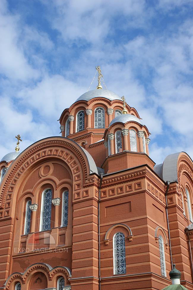 Монастырь в Хотьково - фото