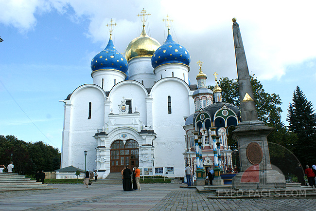 Свято-Троицкая Сергиева Лавра - Успенский собор