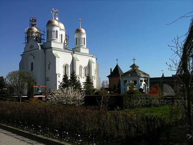 Зимненский Святогорский монастырь - храмы и церкви