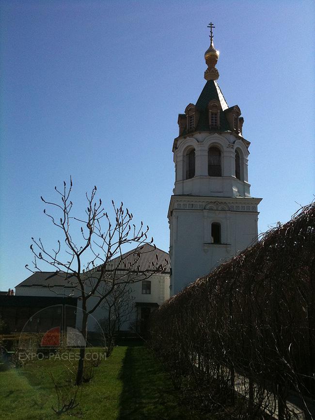 Колокольня Зимненского монастыря - фото