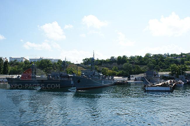 Севастопольские корабли - фото