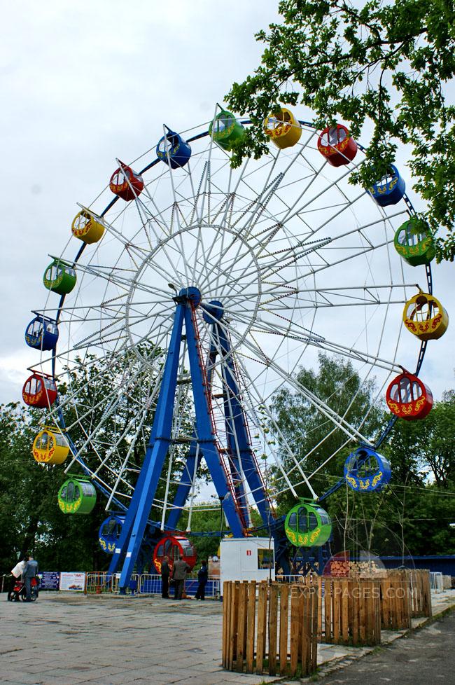 Муромский парк развлечений для детей - качели - карусели, аттракционы