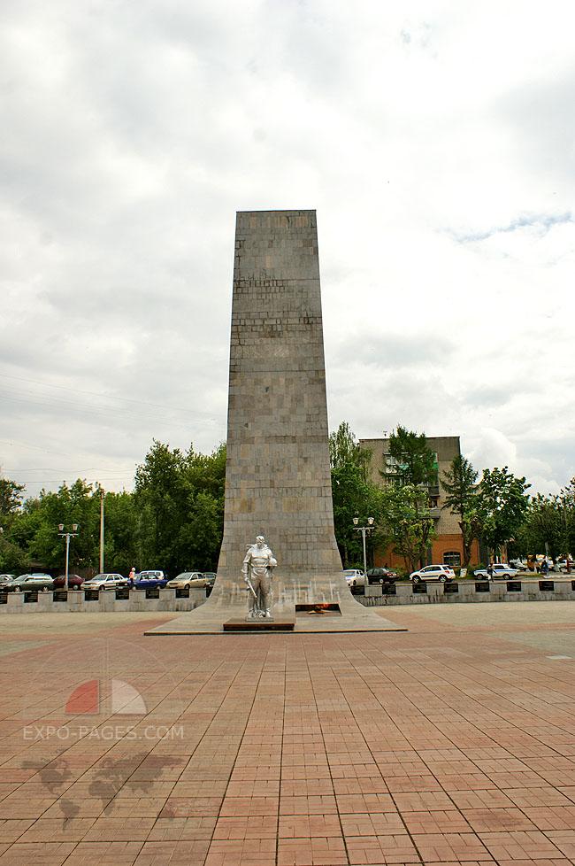 Монумент Победы - площадь Победы