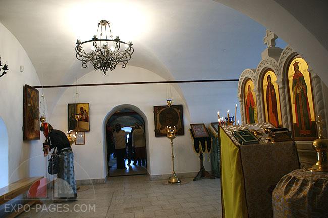 Храм Покрова Богородицы внутри - фото