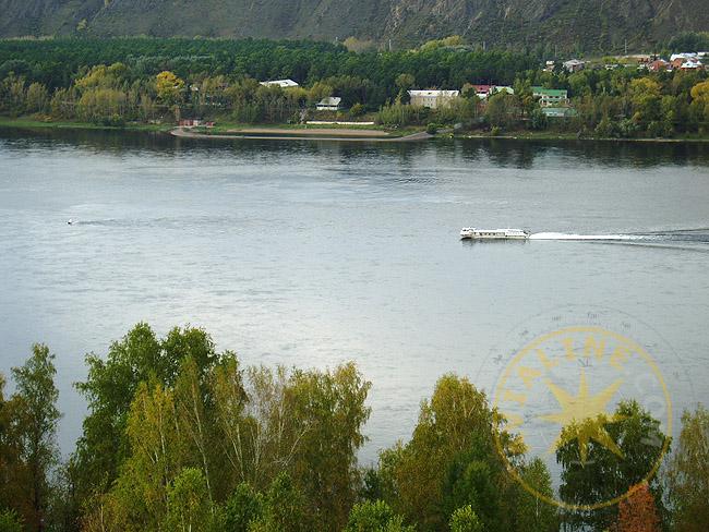 Енисей - прогулки по реке - покататься на катере - фото