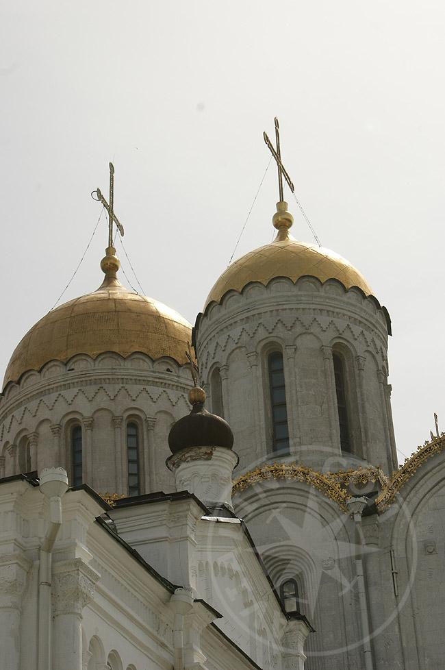 Купола Успенского собора - фотографии