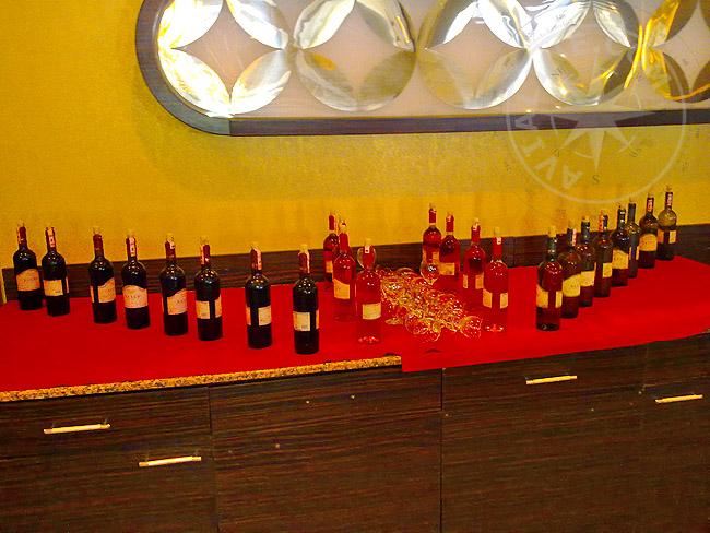 Вино - местные алкогольные напитки