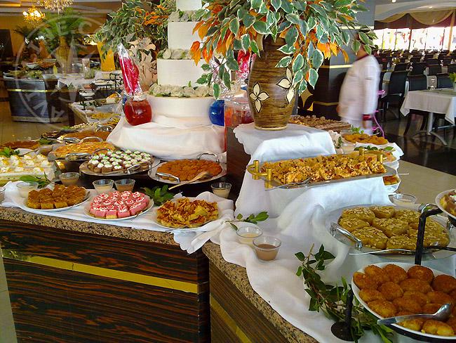Какие блюда подают к Шведскому столу - Турция
