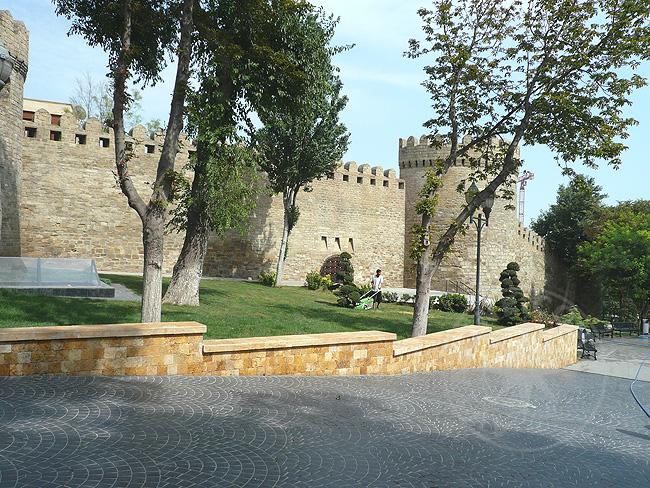Прогулки и экскурсии по Баку
