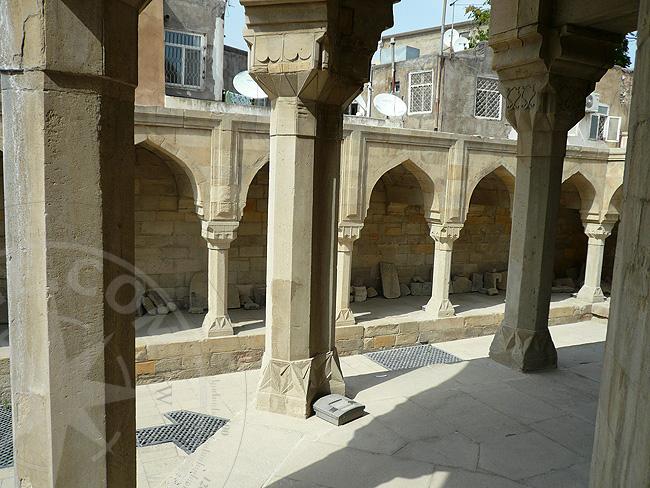 Исторические музеи и памятники архитектуры Баку
